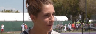 Andrea Petkovic Gets Some Coaching Tips From a Crazy Coach