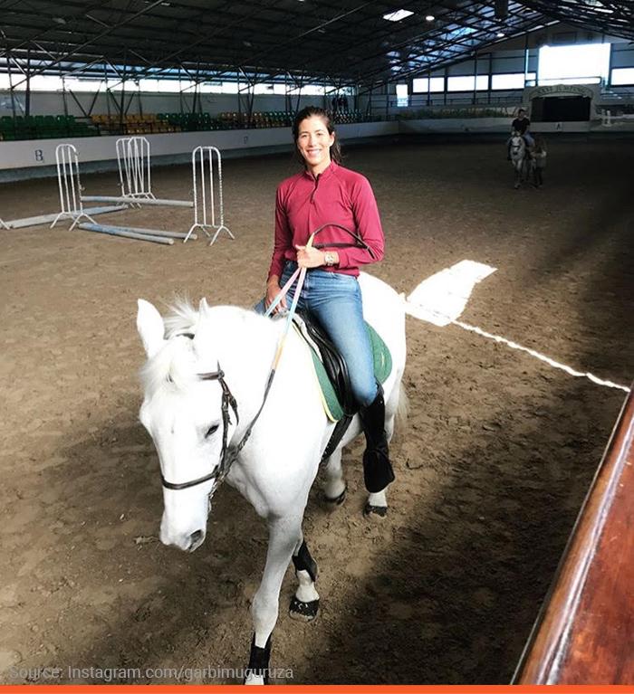 2-muguruza-horse